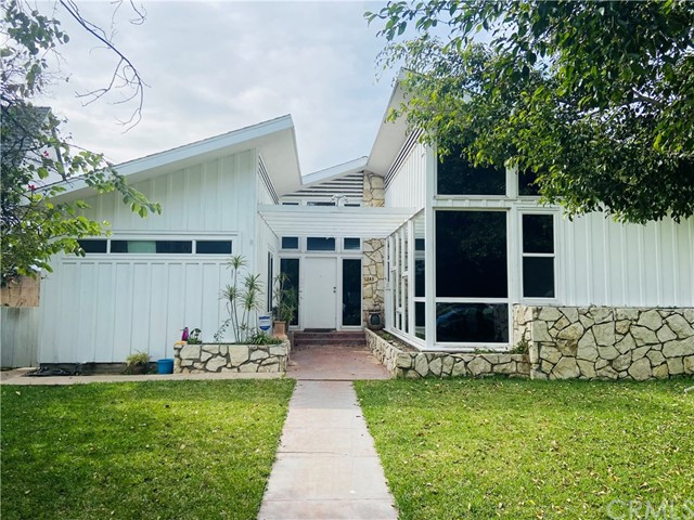 1243 Banning Boulevard, Wilmington, California 90744, 4 Bedrooms Bedrooms, ,3 BathroomsBathrooms,Single family residence,For Sale,Banning,SB21034375