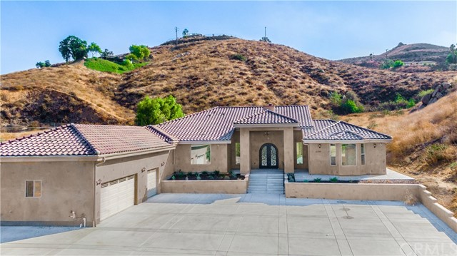 15399 Ranchito Drive, Lake Mathews, CA 92570