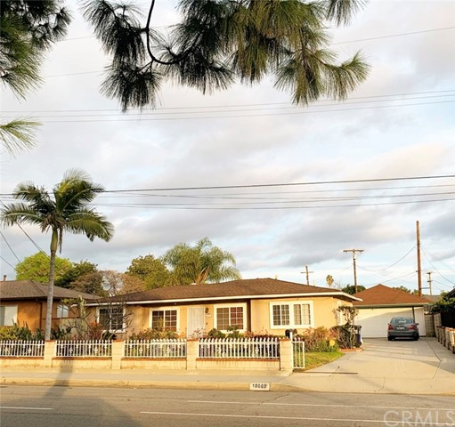 10069 Mills Avenue, Montclair, CA 91763
