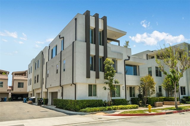 5243 Pacific Terrace Hawthorne, CA 90250