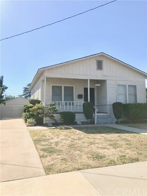 16303 S Dalton Avenue, Gardena, CA 90247