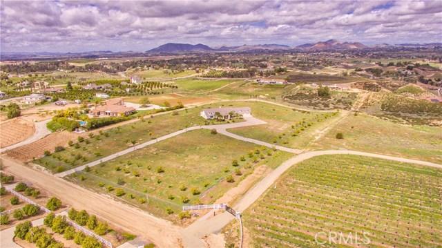 36245 Palmador Ln, Temecula, CA 92592 Photo 2