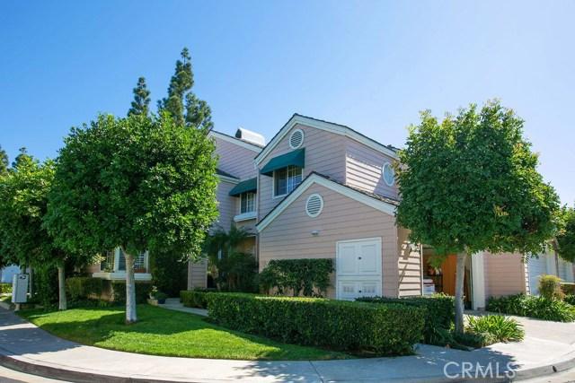 34 Lakefront 72, Irvine, CA 92604