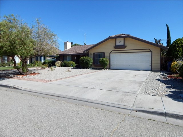 5760 Lighthouse Lane, Palmdale, CA 93552