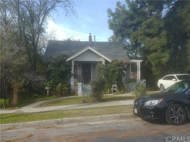 Photo of 2211 Navarro Avenue, Altadena, CA 91001