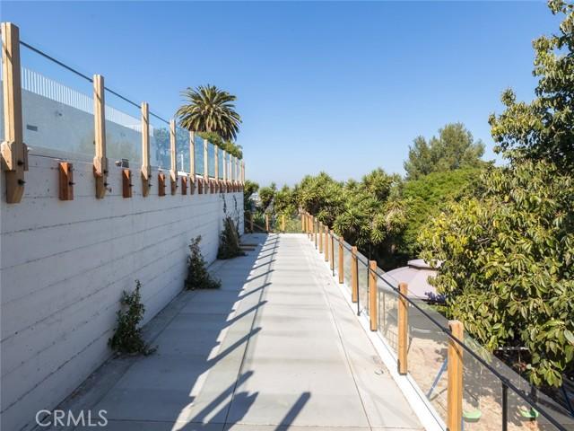 19. 2348 Colt Road Rancho Palos Verdes, CA 90275