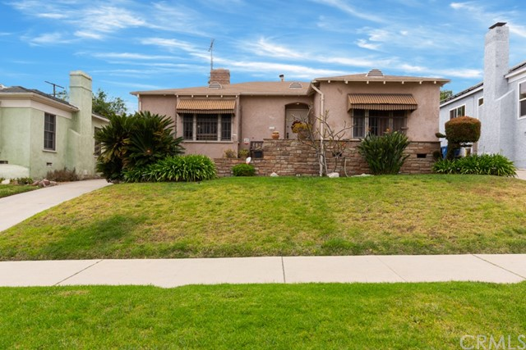 1733 S Fairfax Avenue, Los Angeles, CA 90019