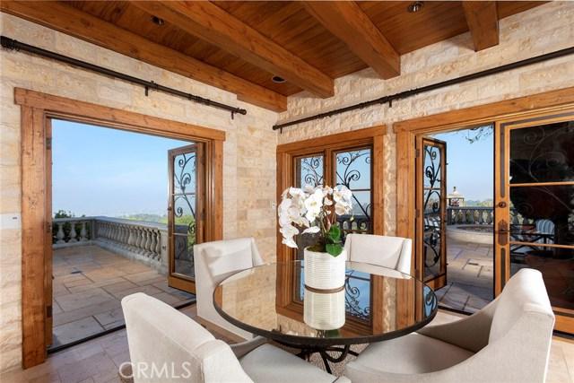 21. 705 Via La Cuesta Palos Verdes Estates, CA 90274