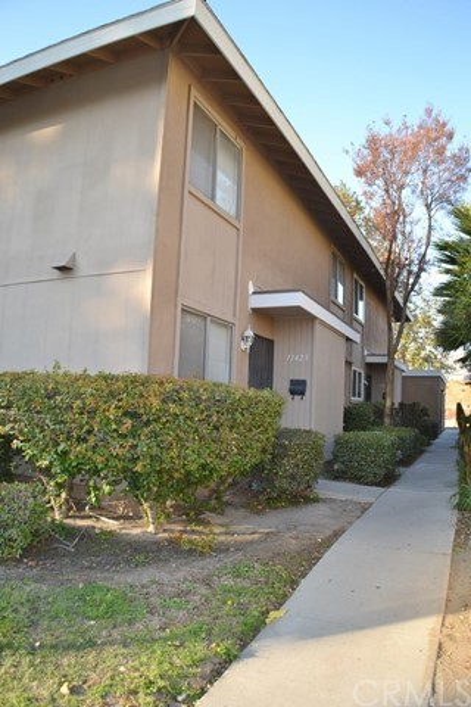 13423 Village Drive, Cerritos, California 90703, 2 Bedrooms Bedrooms, ,1 BathroomBathrooms,Residential,For Rent,Village,PW21029688