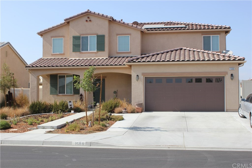 Beautiful 2018 Home located in San Jacinto. This home features a large open concept kitchen and family room. 4 bedrooms, 3 full baths, nice size loft upstairs, main floor bedroom and bath, laundry room upstairs, 2 car garage, large back yard, RV parking, and patio cover ready for entertaining. This home also features Energy-Efficient systems to help keep utility bills low. Solar Panels, Tankless Water heater, Energy Star appliances. No HOA. This is a Must see!