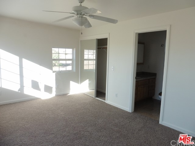 5075 Kickapoo Tr, Landers, CA 92285 Photo 21