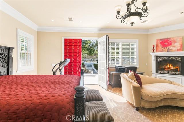 18. 521 S Grand Avenue West Covina, CA 91791