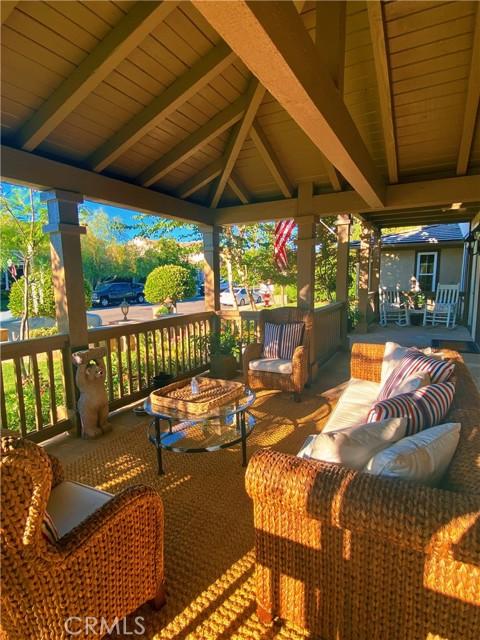 6. 25422 Magnolia Lane Stevenson Ranch, CA 91381