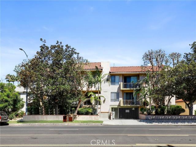 14247 Riverside Dr #204, Sherman Oaks, CA 91423