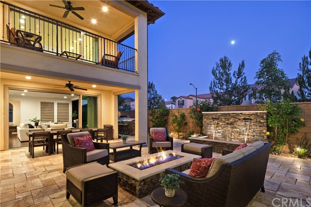 122 Evelyn Place, Tustin, CA 92782
