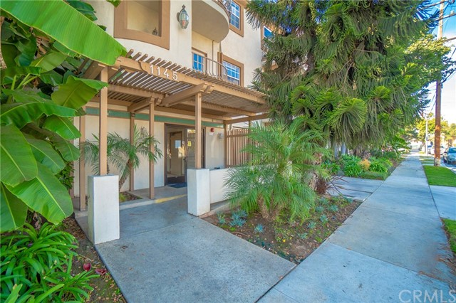 1145 Roswell Avenue #1