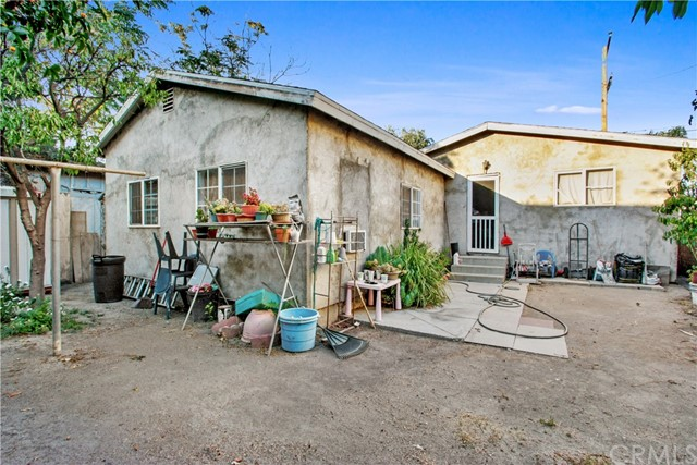 17. 919 Gonzales Street Placentia, CA 92870