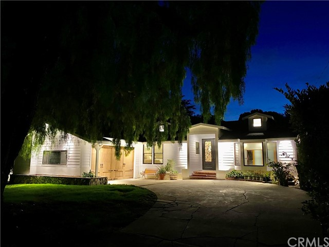 43. 19 Dapplegray Lane Rolling Hills Estates, CA 90274