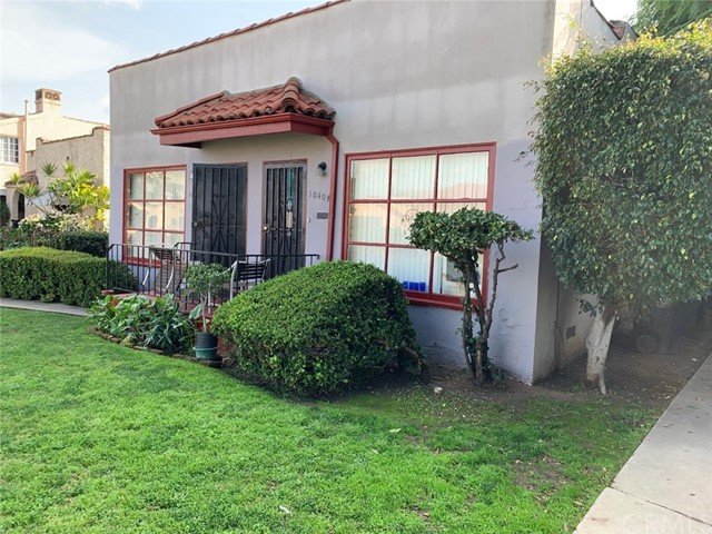 1038 W 84th Place, Los Angeles, CA 90044