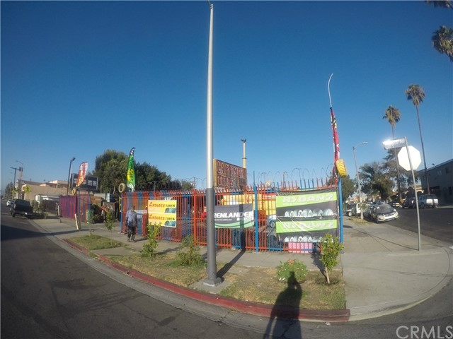 8024 S Western Avenue, Los Angeles, CA 90047