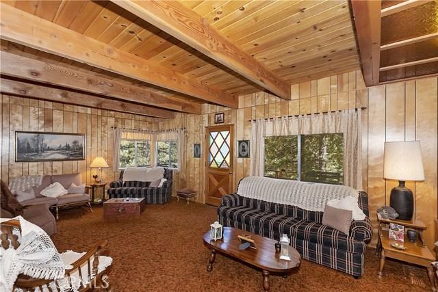 33533 Holcomb Creek Dr, Green Valley Lake, CA 92341 Photo 1