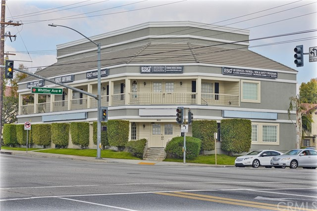800 N Harbor Boulevard, La Habra, CA 90631
