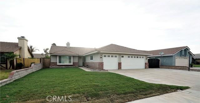 10570 Roxbury Avenue, Bloomington, CA 92316