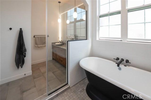 1919 Gates Avenue B, Redondo Beach, California 90278, 4 Bedrooms Bedrooms, ,3 BathroomsBathrooms,For Sale,Gates,SB20216794