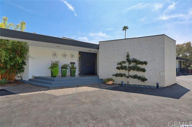 1390 Greenmont Drive, Glendale, CA 91208