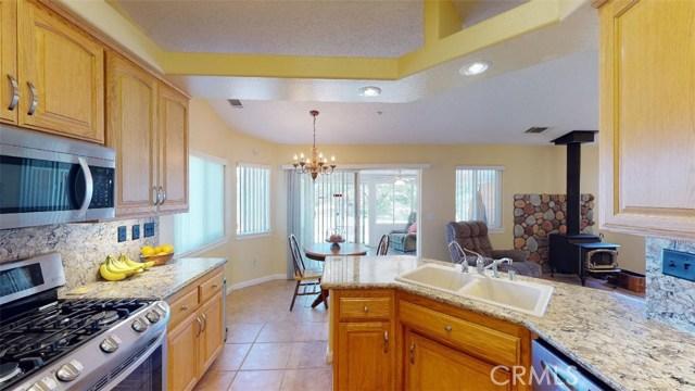 7084 Aster Rd, Oak Hills, CA 92344 Photo 22