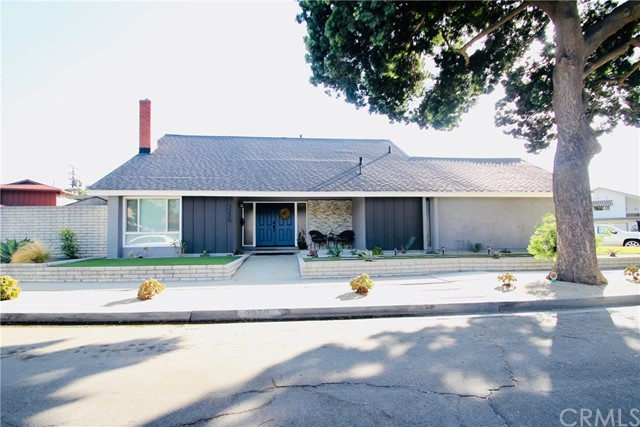 3270 E Saint Francis Place, Long Beach, CA 90805