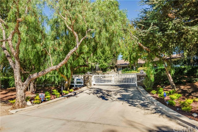 29 Crest, Rolling Hills, California 90274, 6 Bedrooms Bedrooms, ,5 BathroomsBathrooms,Single family residence,For Sale,Crest,PV19206746