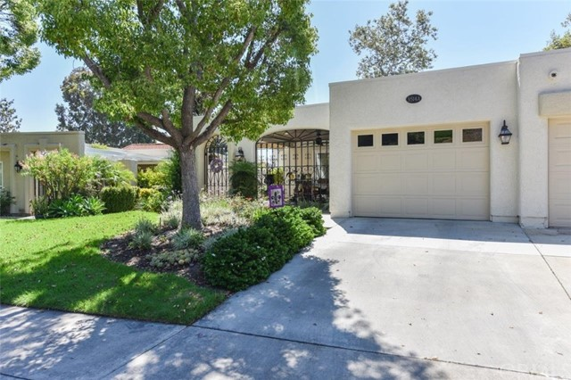 3514  Bahia Blanca, Laguna Woods, California 2 Bedroom as one of Homes & Land Real Estate