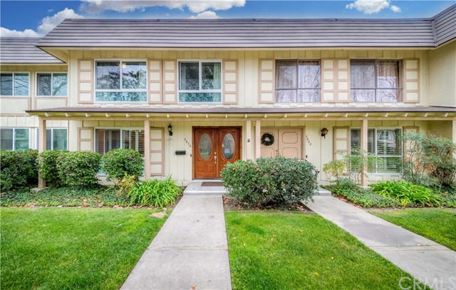 9838 Via Sonoma, Cypress, CA 90630