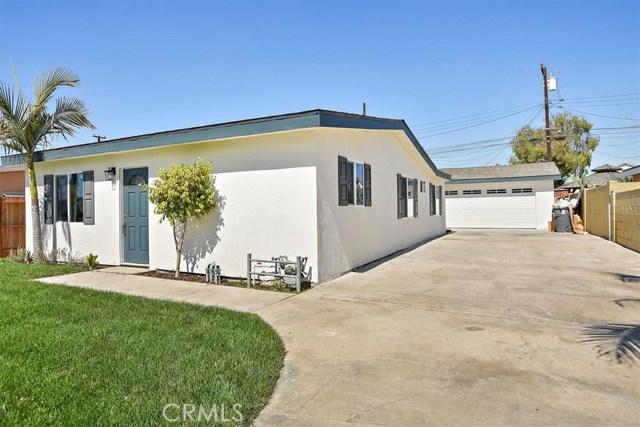 12053 208th Street, Lakewood, CA 90715