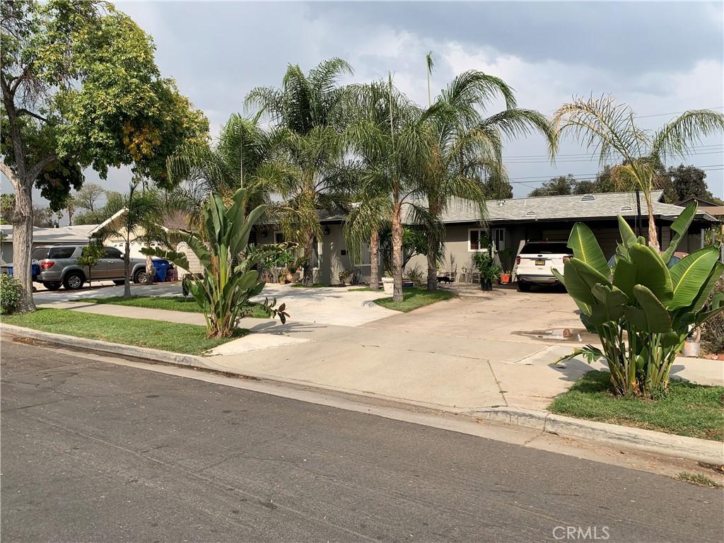 4375     Toyon Road, Riverside CA 92504