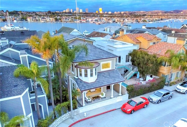 416 E Bay Avenue, Newport Beach, CA 92661