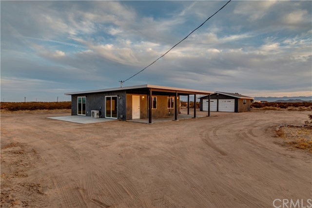 677 Cypress Rd, Joshua Tree, CA 92252 Photo