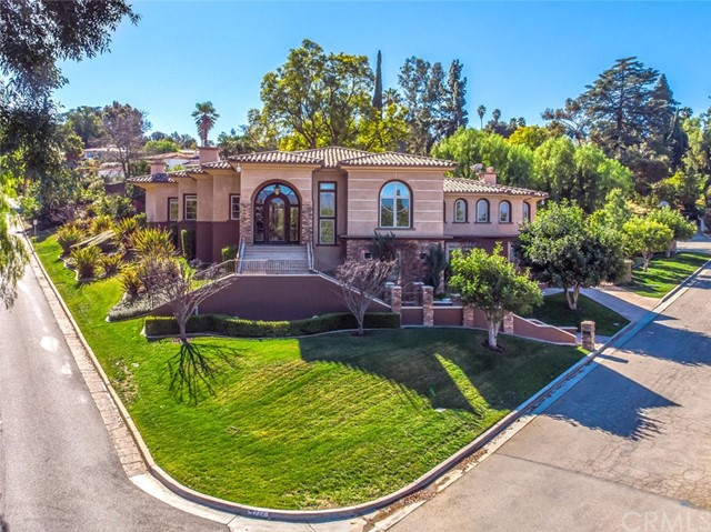 Photo of 1714 Rossmont Drive, Redlands, CA 92373
