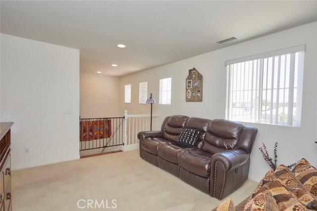8443 Fillmore Ct, Oak Hills, CA 92344 Photo 24