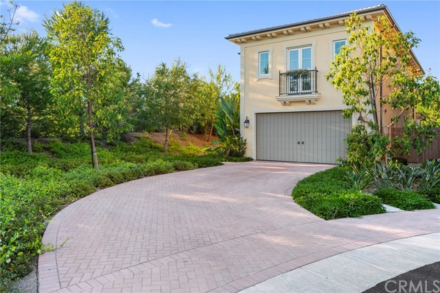 61 Farmhand, Irvine, CA 92602