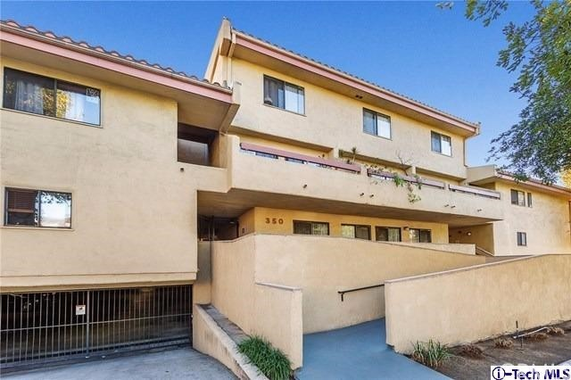 350 Burchett Street 106, Glendale, CA 91203
