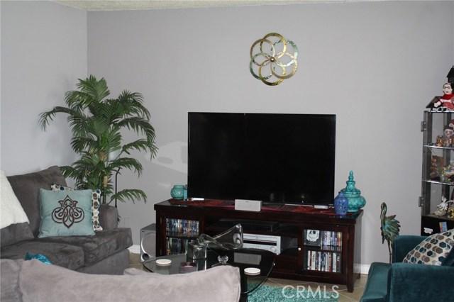 10206 Oak Glen Av, Montclair, CA 91763 Photo 2