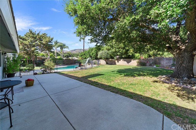 39. 306 N Valley Center Avenue Glendora, CA 91741
