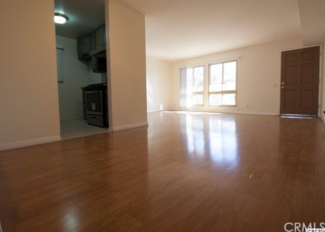 617 E Angeleno Avenue 202, Burbank, CA 91501