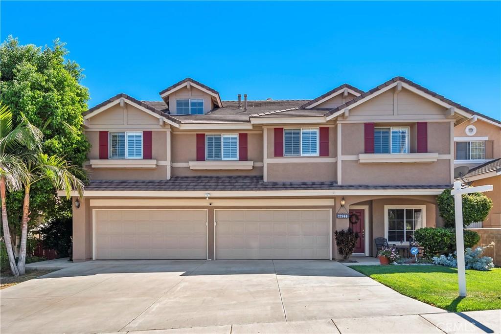 22944     Briarwood Drive, Corona CA 92883