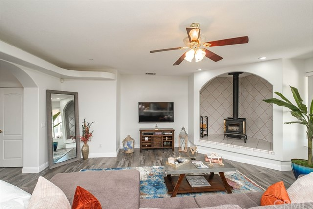 9875 Alta Mesa Rd, Oak Hills, CA 92344 Photo 8