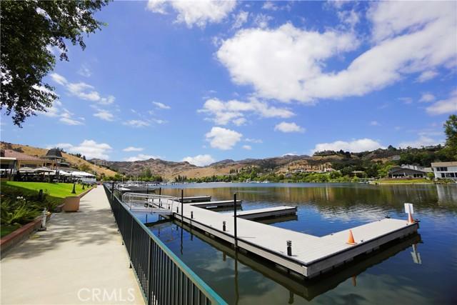 26. 3660 Summershore Lane #26 Westlake Village, CA 91361