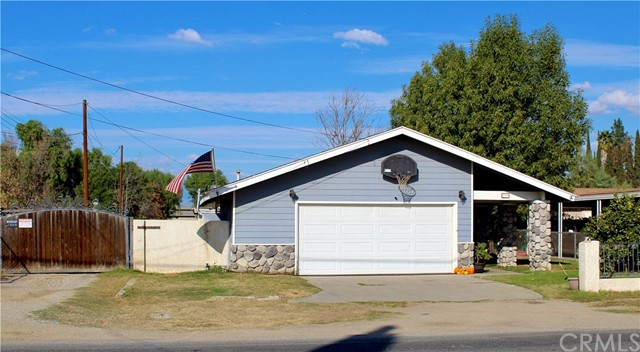 955 7th Street, Norco, CA 92860