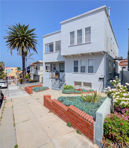 223 24th Street, Hermosa Beach, CA 90254